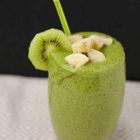 Green Lactation Smoothie (Kiwi Banana Spinach)